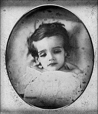 FOTOGRAFIAS POST MORTEM Dorm15